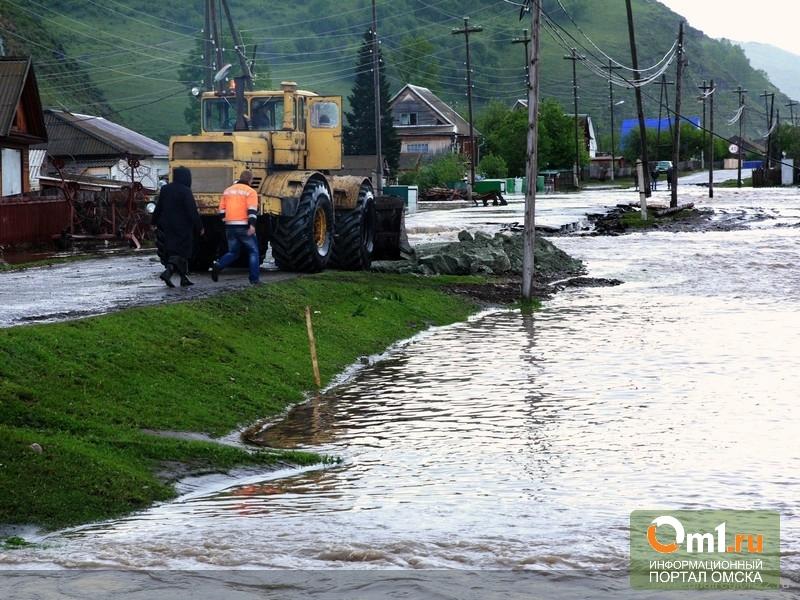 Отряд омских спасателей отправится на пострадавший от наводнения Алтай