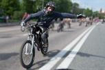 Олег Душенко: Страхование для велосипедистов неактуально, а изучение ПДД в школе необходимо