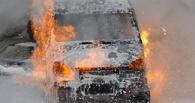 Ночью в Омске в гаражном кооперативе обгорели две «Газели»