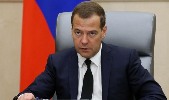 Медведев выделил Омской области 600 млн рублей на ликвидацию последствий паводка