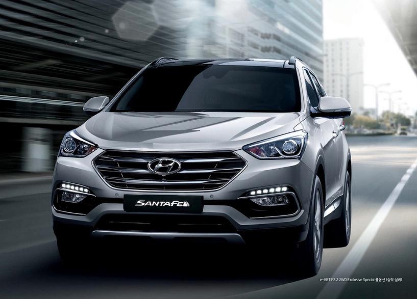 Санта для Папы: Hyundai обновил Santa Fe и сделал из него католический кабриолет