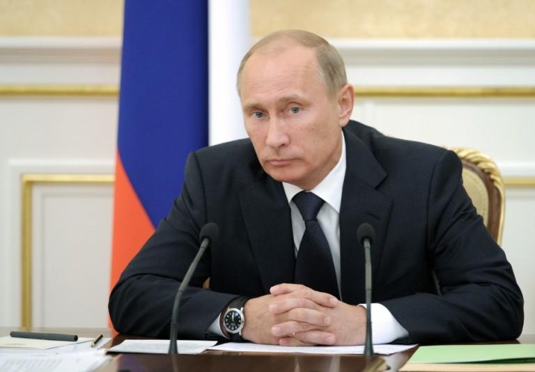 Владимир Путин: «За кредиты малому бизнесу банки получат фондирование от ЦБ РФ»