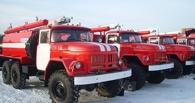 В Омске на складе обгорел грузовой автомобиль