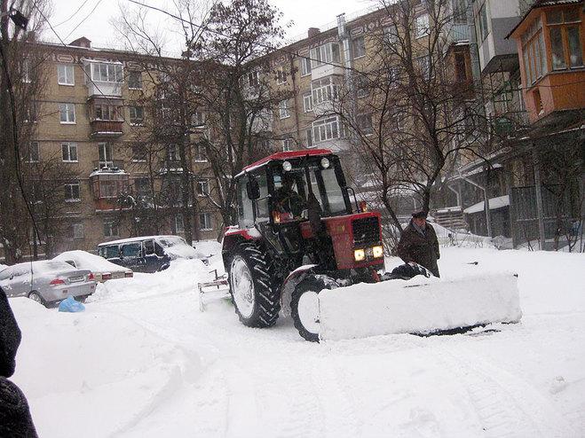 Из мест подтопления в Омске вывезли 43 000 кубометров снега