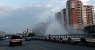 В Омске под Горбатым мостом вновь рванул гейзер