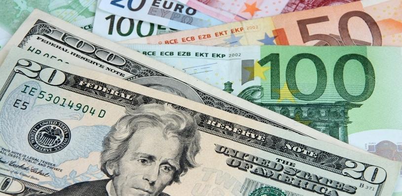 Курс валют: доллар и евро выросли по отношению к рублю
