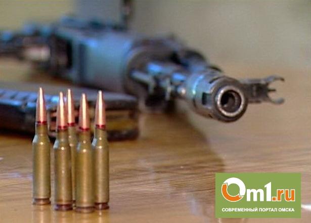 В Омске охранник нашел у магазина боевые патроны от автомата Калашникова