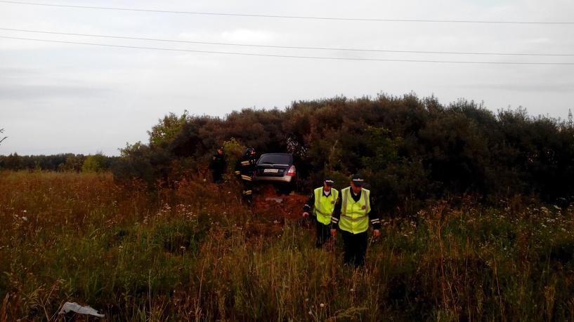 68-летний омич на Subaru «влетел» в кусты