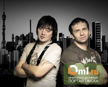 Ведущие «Радио Рекорд» в эфире высмеяли омского губернатора Назарова