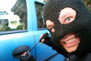 В Омске охранник автостоянки угнал автомобиль