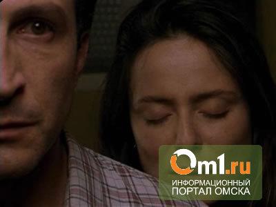 Житель Омской области убил пенсионера, затащившего в постель его жену