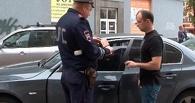 В Омске проверяли незаконную тонировку на машинах