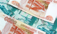 Почти половина россиян хранят деньги в рублях