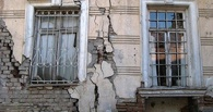 В Омске в 2015 году расселят 99 аварийных домов