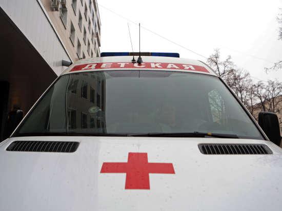 Омского малыша, которого выбросил из окна собственный отец, до сих пор не навестила мать