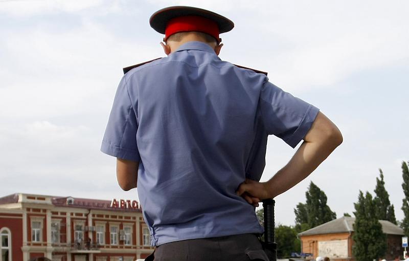 Полицейский заставил женщину сознаться в несуществующем преступлении