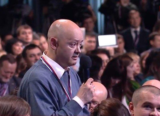 «Махнули перед конференцией?» Путин обсудил с вятским журналистом продвижение кваса