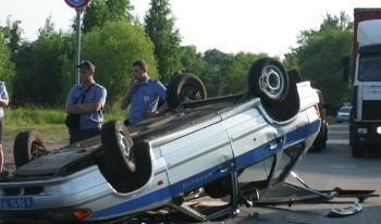Омский полицейский на авто врезался в фуру и отделался царапинами