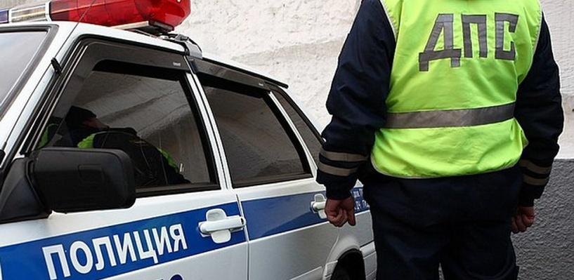 На трассе Омск-Тюмень столкнулись четыре большегруза и «девятка»
