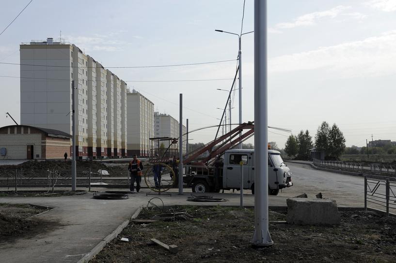 Близится к завершению строительство дороги на Завертяева