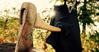 В Омске на молодую пару напали с ножом и топором