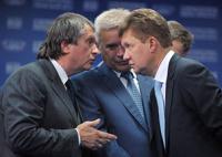 Главам «Роснефти» и «Газпрома» запретили хранить деньги за рубежом