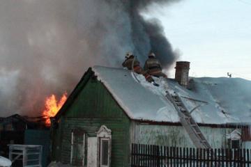 В Омской области в пожаре сгорели отец и сын