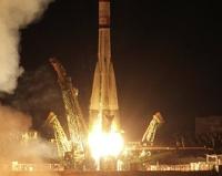 На Байконуре запущен спутник с мышами и искусственными метеоритами