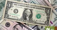 Рубль ликует: курс евро упал ниже 59, доллар — ниже 54