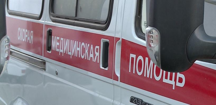 В Омске автоледи сбила женщину с ребенком