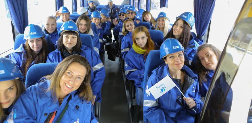 Омские автолюбительницы проверили качество топлива