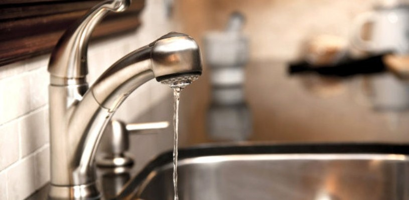 Холодную воду отключат у омичей в Ленинском, Октябрьском и Центральном округах
