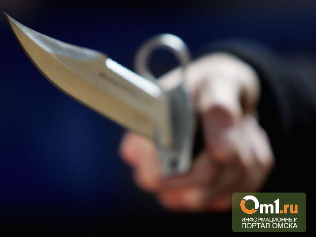 В Калачинском районе убили мужчину и порезали женщину