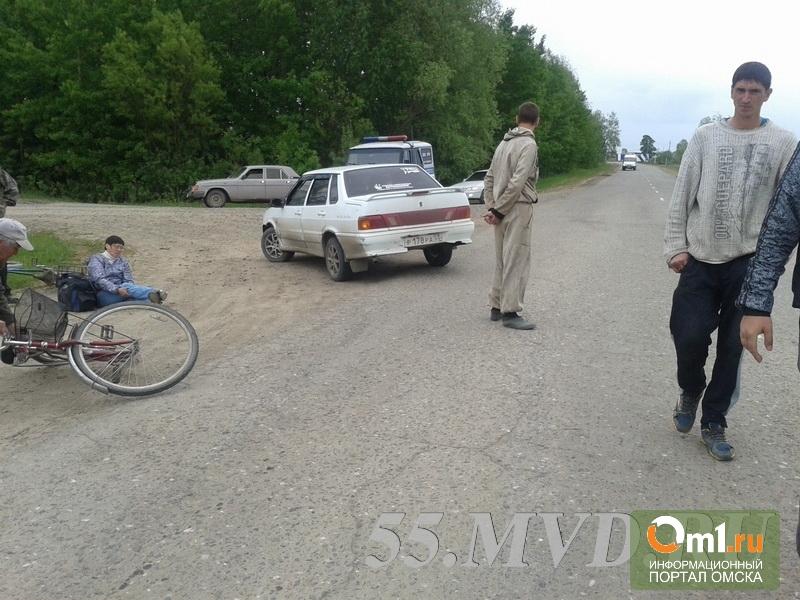 В Омской области молодой водитель сбил женщину на велосипеде