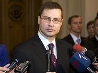 После обрушения ТЦ в Риге премьер Латвии подал в отставку