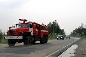 В Омске пенсионер пытался потушить пожар на даче и спалил дом