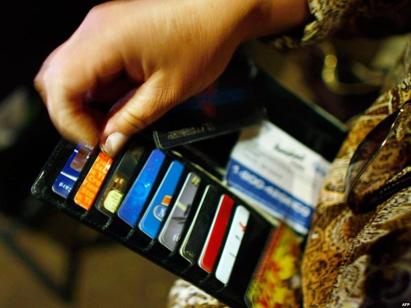 Просроченные долги омичей перед банками превысили 17 млрд рублей