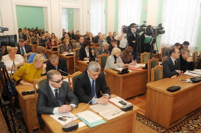Совет директоров «Омскэлектро» оставили без депутатов Горсовета