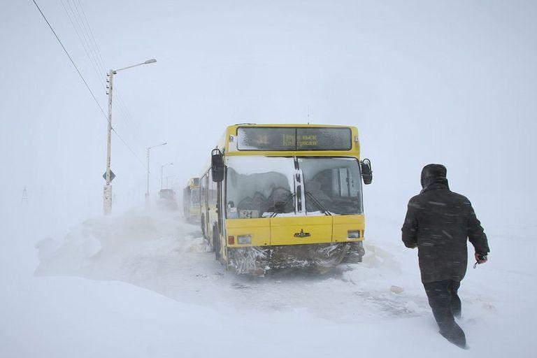 10 тысяч рублей потребовал в суде омич за долгое ожидание автобуса