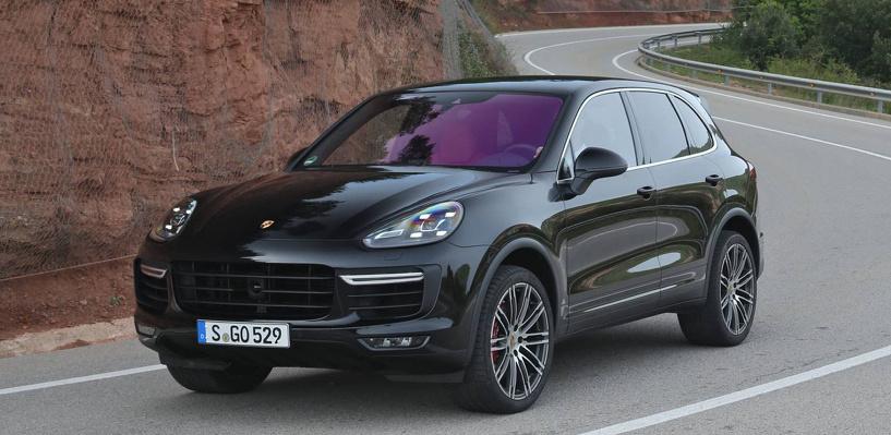 В России отзывают 14 тысяч Porsche Cayenne из-за проблем с тормозами