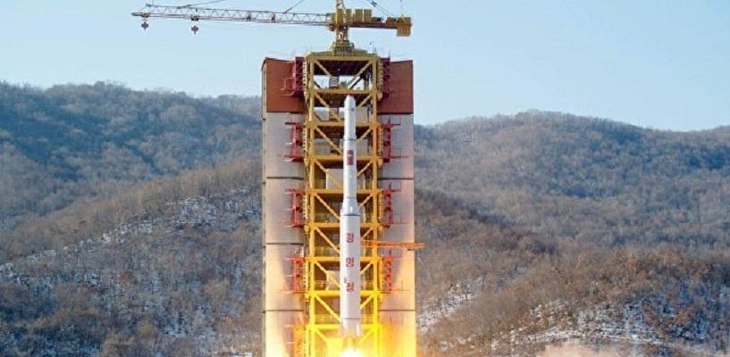 «Кувыркается на орбите»: американская разведка заявила о неработоспособности спутника КНДР