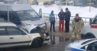 В центре Омска маршрутка выехала на встречную полосу: 5 пострадавших
