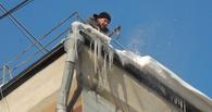 Мэрия считает, что на омичку не мог упасть снег с крыши дома на Нефтезаводской