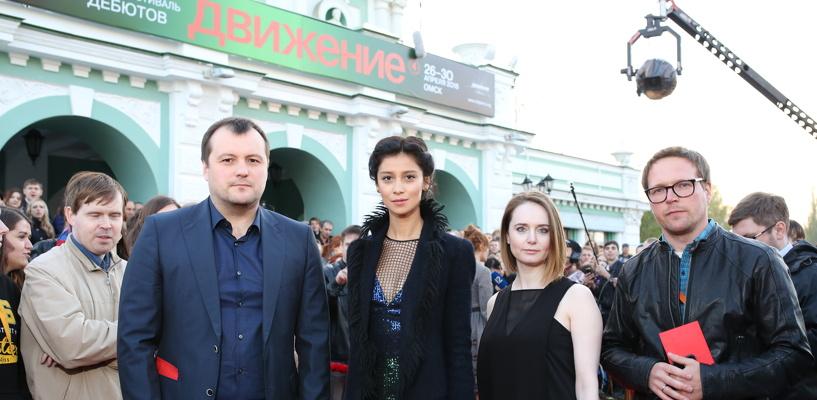 Красная дорожка vs банкета: кинозвезды открыли фестиваль «Движение»