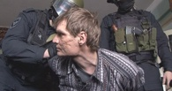 Мать омского стрелка считает, что стрелял по людям не ее сын