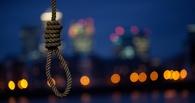 В Омске на берегу Иртыша в петле найдено тело мужчины