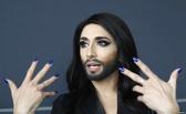 В Омске открылась фотостудия для трансвеститов