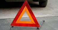 В Омске столкнулись три автомобиля, маршрутка и автобус