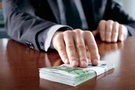 Омского конструктора будут судить за миллионную взятку от возможного подрядчика