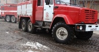 В Омске горела трамвайная остановка